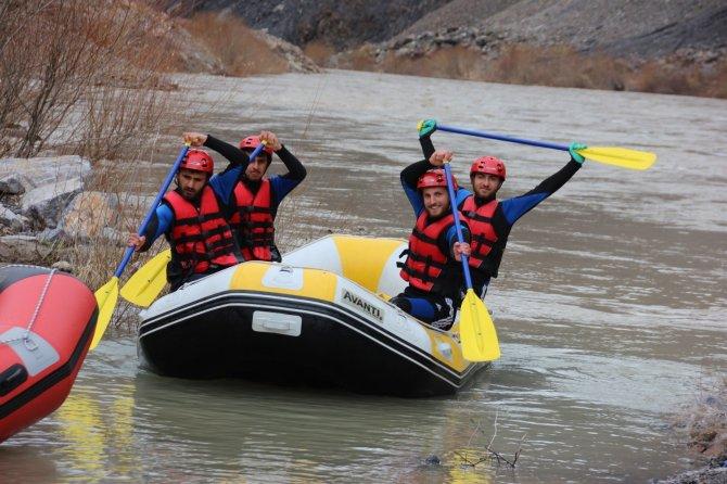 cilo-rafting-kulubu-1.jpg