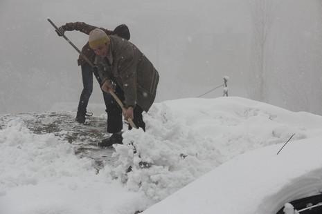 kar-yagisi-2.20140216103308.jpg