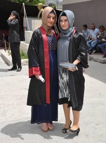 kiz-meslek-lilesi-senlik-ve-mezuniyet-toreni-2.jpg