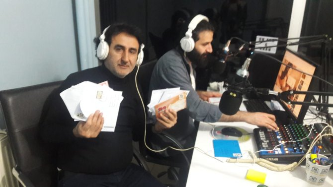 radyo-001.jpg