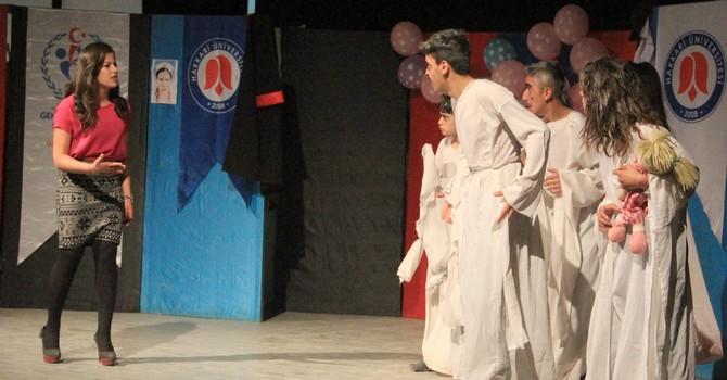 tiyatro-m-013.jpg