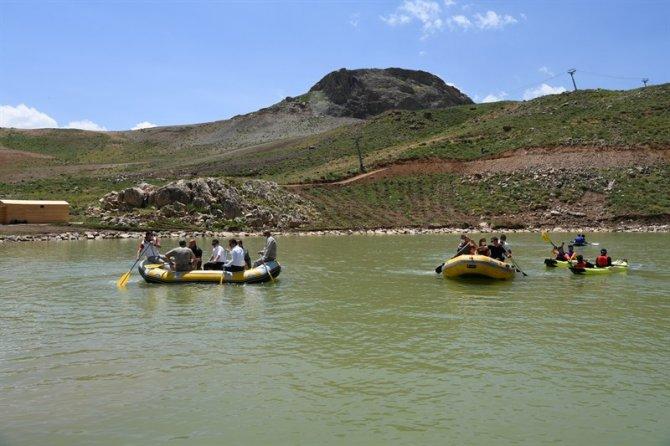 vali-rafting-2.jpg