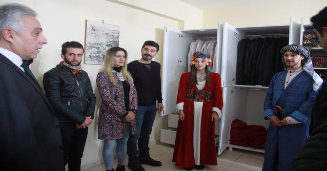 vali-toprak-kultur-merkezine-ziyaret-5.jpg